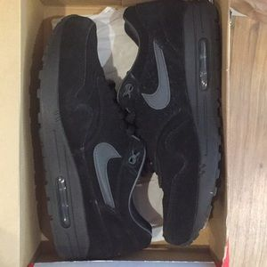 Other - Nike tennis shoes sz 10.5 very good condit…